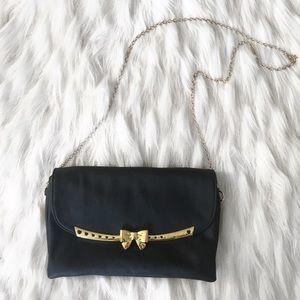 Betsey Johnson | Black clutch purse